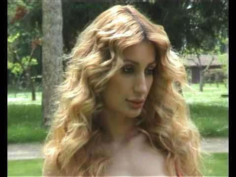 nigar khan nude pphotos