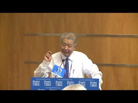 "[2013 Shanghai Forum] WANG Tongsan ""Opportunities and Challenges of China's Economic..."""