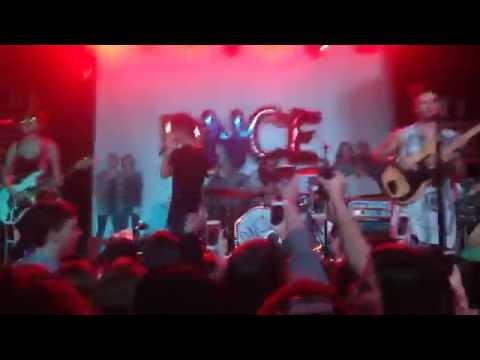 DNCE/JOE JONAS - CAKE BY THE OCEAN  // LIVE IN PHILLY 11/15