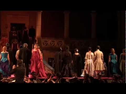 DOLORES LAHUERTA con José Manuel Sánchez. La Traviata. Verdi.mp4