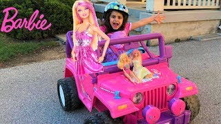 Sally Drive and Ride on Barbie Car to camping with toys