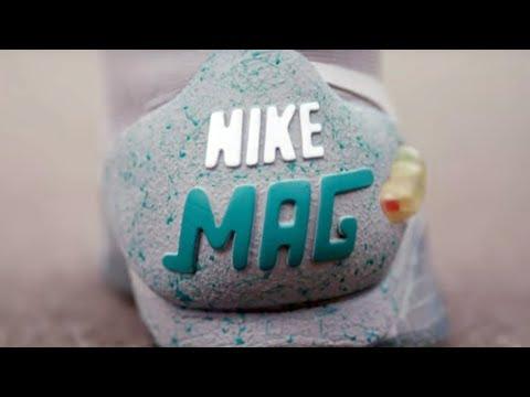 Sneakers: Rasmus har et par Nike Air Mag til over 50.000 (2017)