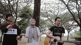 Can't Take My Eyes Off You - Cover Accoustic + Beatbox Deny Reny Ft Ical