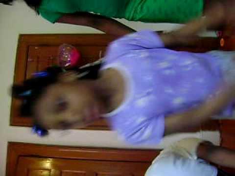 little kids dancing