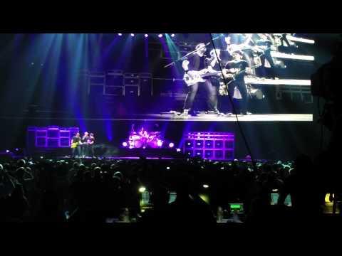 Van Halen: Pretty Woman- Greensboro Coliseum Complex, 4/21/2012