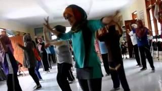 Video SENAM KREASI SAMBALADO By ZIE SALSA MARUYUNGSARI PADAHERANG PANGANDARAN download MP3, 3GP, MP4, WEBM, AVI, FLV Desember 2017