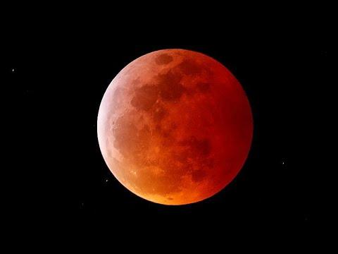 O eclipse total da Lua estava escrito nas estrelas