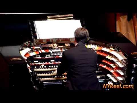 Christmas Organ Music at Radio City Music Hall,New York City