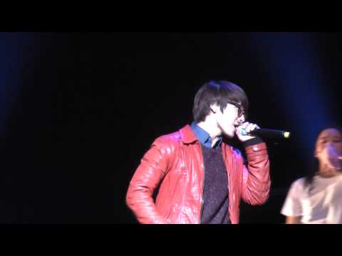 101220 Donghae @ Beautiful Life Musical (Rapper Hae)