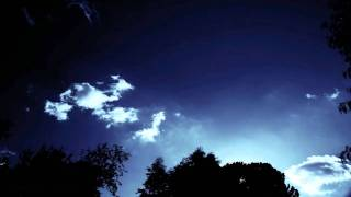 light cumulus forming in blue sky (4 clip samples) V10460