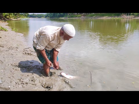 Best Fishing Video | Hunting Fish by Hook in the River | Traditional Togi Fishing Method