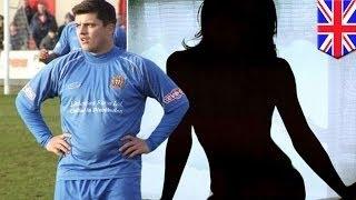 Футболиста выгнали из клуба за секс с фанаткой