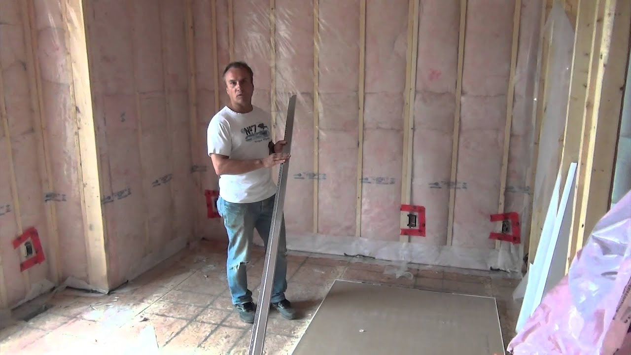 How to build a house completing insulation and starting for Building a house where to start