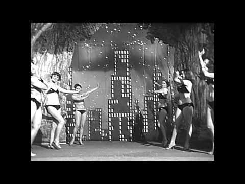 """LUCI DEL VARIETÁ"" (1950) de Federico Fellini y Alberto Lattuada."