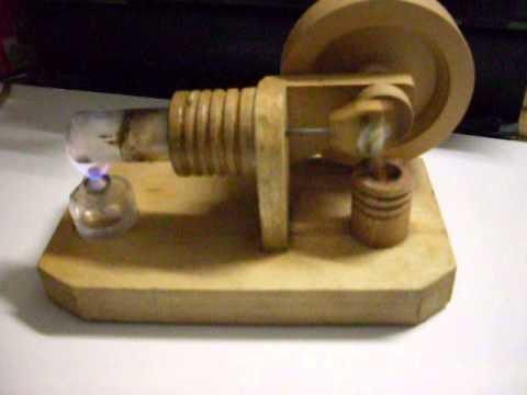 Stirling Motor Holz
