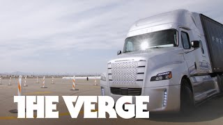 The world's first self-driving big rig