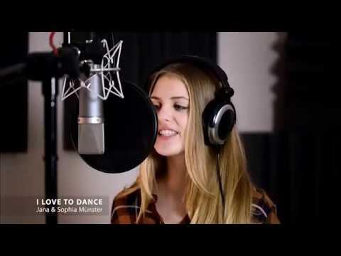 "Jana und Sophia Münster,  ""I LOVE TO DANCE"""