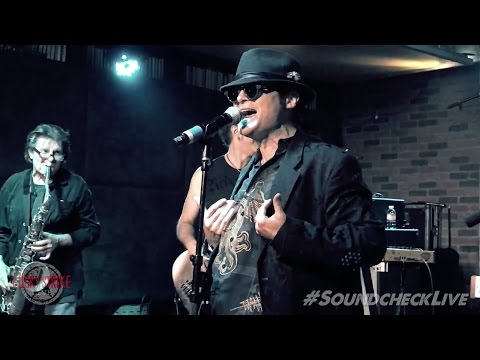 "Corey Feldman Sings ""Money"" by Pink Floyd at Soundcheck Live!"