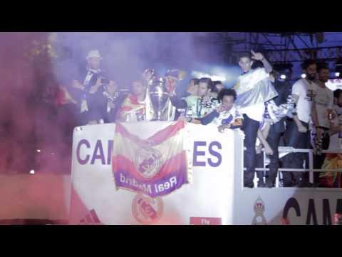 Real Madrid celebrating la Décima in Cibeles | Champions League Final 2014