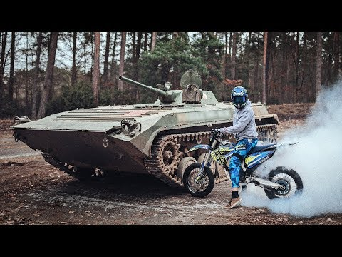 MAKE WHEELIES NOT WAR | Grenzgaenger