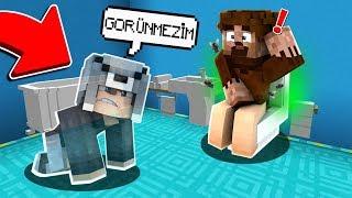 ÇIPLAK FAKİRİ GÖRÜNMEZ OLUP İZLEDİM 😱 Minecraft