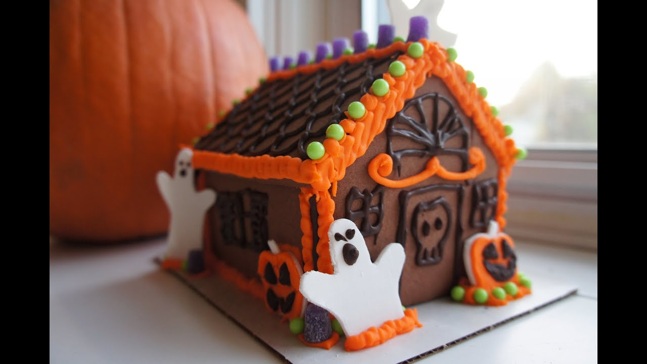easy halloween gingerbread house kit whatcha eating 111 youtube