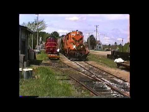 Maine Coast ALCO RS11 #367 on a freight, Hardings to Rockland,ME 05/26/1992