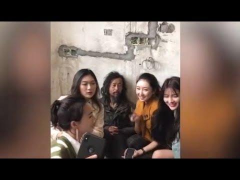 《石涛聚焦》「流浪网红-王沪宁校友惊爆上海滩」