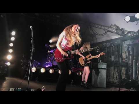HAIM - Nothing's Wrong (Danielle's solo) Austin, TX