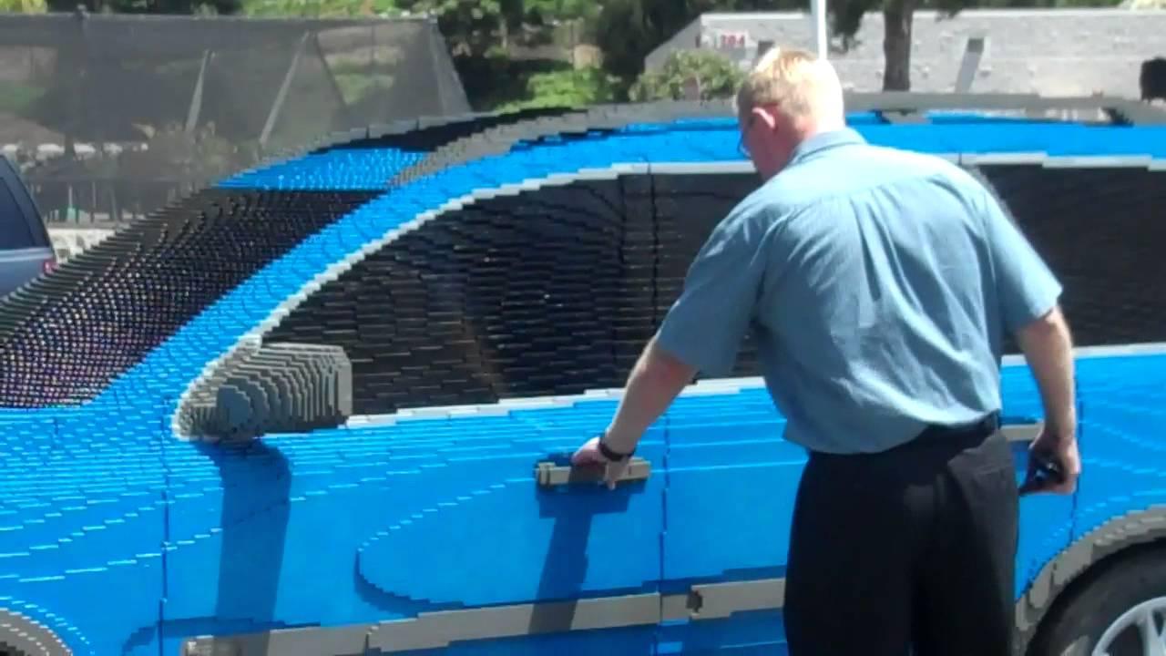 画像: LEGOLAND California Staff Pranks General Manager youtu.be