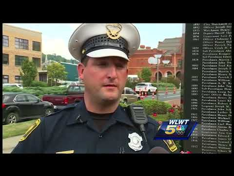 Cincinnati officer jumps into action after fiery motorcycle crash