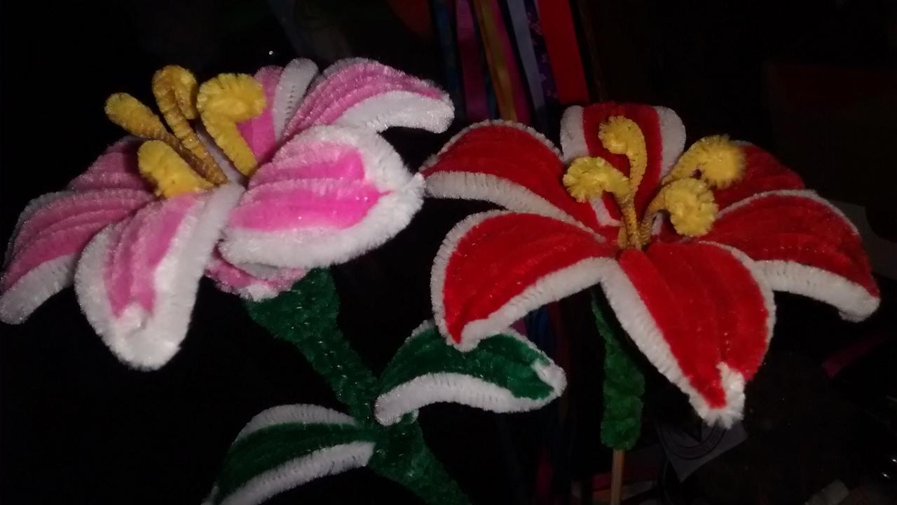 Flor De Limpiapipas Facil De Hacer Manualidades Adasha