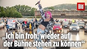 Ballermann-Feeling beim Auto-Konzert mit Mia Julia | Völklingen