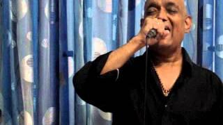 Apni Aankhon Mein Basakar, Movie - Thokar