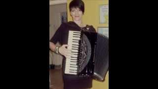 Zaljubljena harmonika - Mila Petrovic 2013