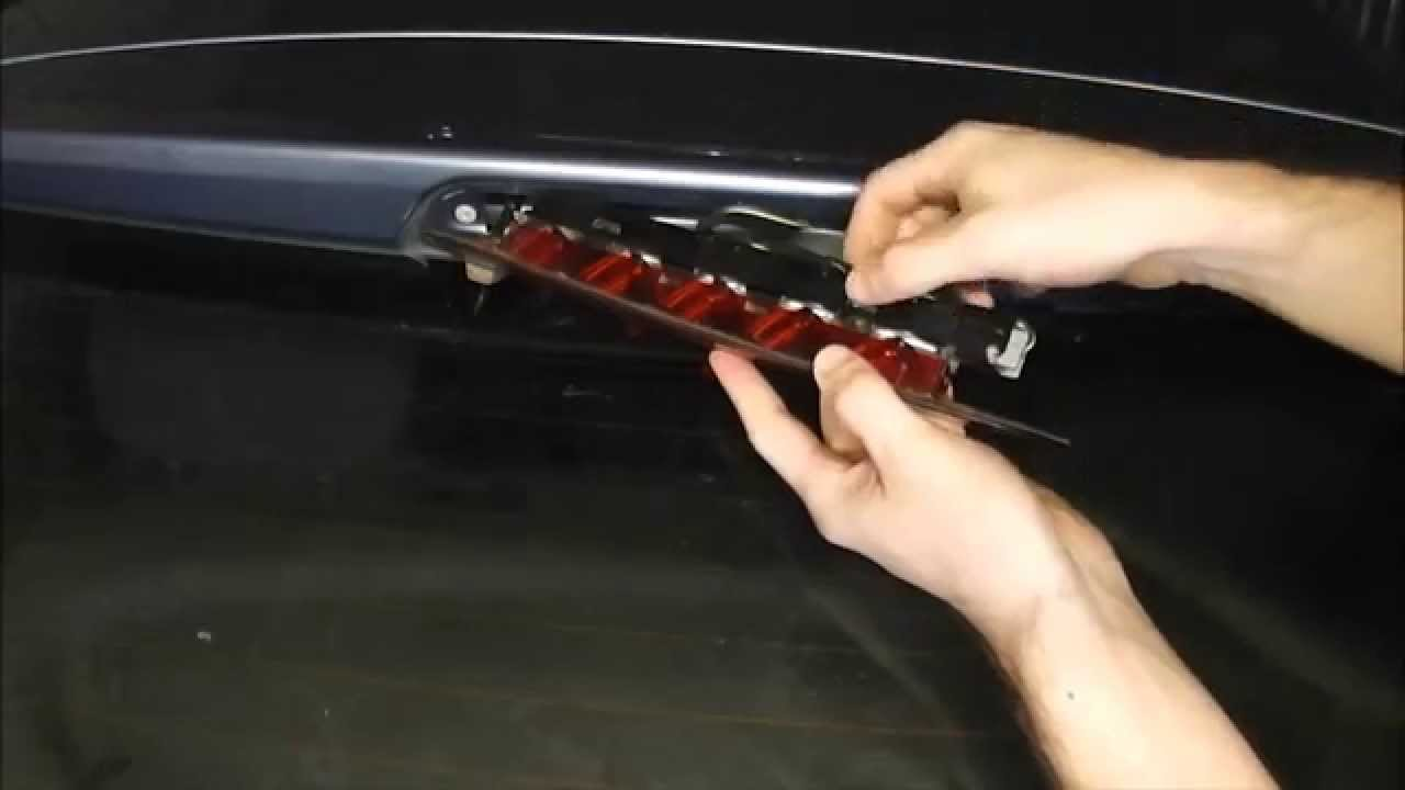 Ford Focus Center High Level Brake Bulb Change Youtube
