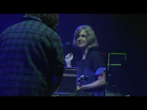 "<span class=""title"">Juana Molina: 'Cara De Un Día' live | Loop</span>"