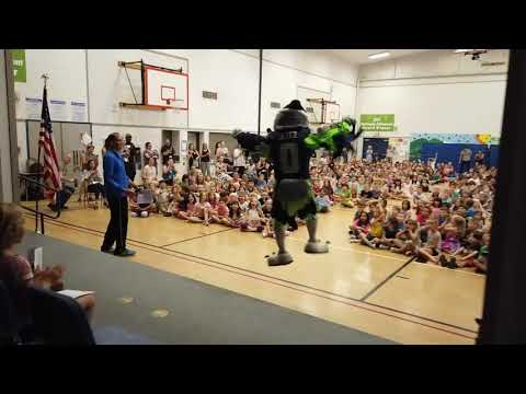 Blitz the Seahawk at Highland Terrace Elementary School
