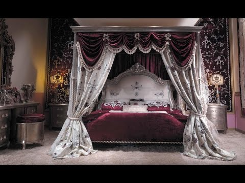 ASMR A four- poster bed