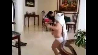 Funny Baby Dance Video on Jalebi Bai [Hindi Song]