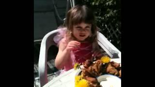 (3/4) FORAGING & FRITTERING Dandelion Fritter Tasting#1.MOV (3 of 4)