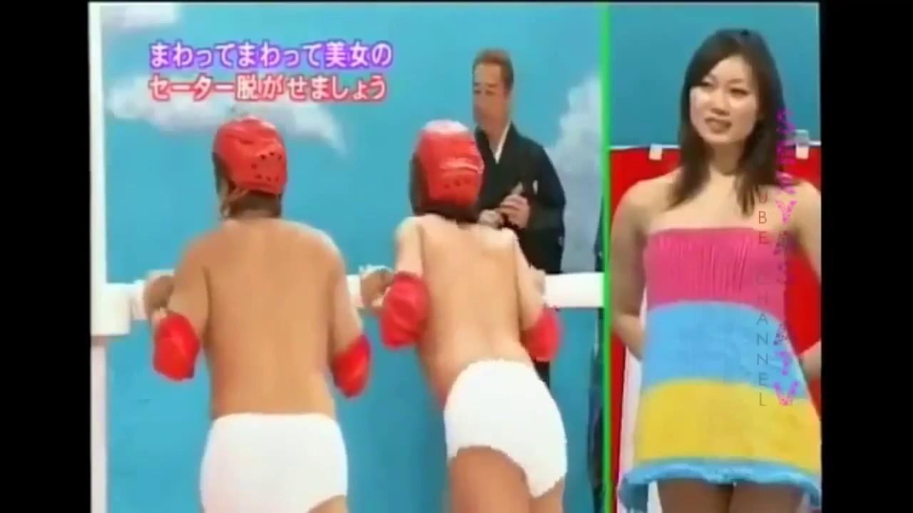 Тетка пьет японские секс игры смотреть подругой