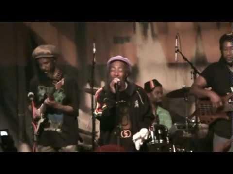 IJahman Levi (ao vivo) - Are We A Warrior.mp4