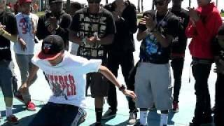 CAT DADDY dougie JERKIN SWAG DANCERS SHOW OFF  Venice Beach, CALIFORNIA APRIL 30, 2011