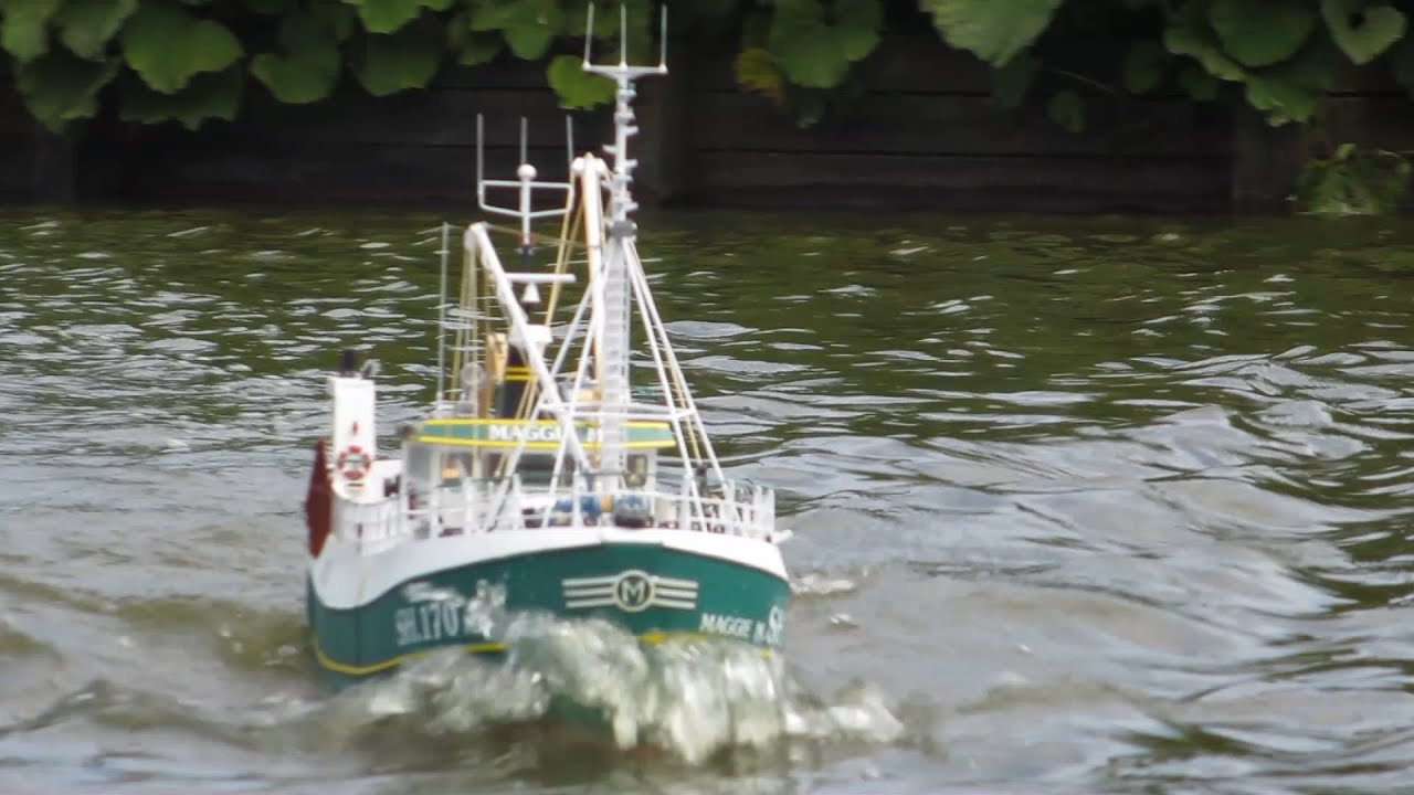 Model slipway maggie m scale model rc fishing boat for Fishing rc boat