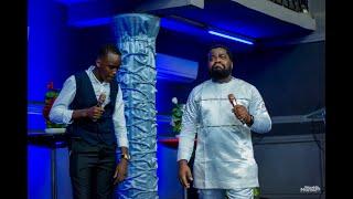 Frère Emmanuel Musongo dans  medley100%Adoration feat Exaucé +moment de prière adoration prophétique
