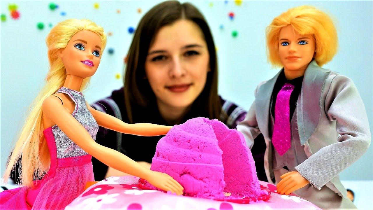 Видео для девочек: Барби и Кен - новогодний праздничный ужин