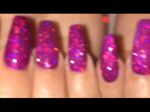 Nailtorial: Applying Loose Holo Glitter to Gel Polish Scattered, Linear and Raw