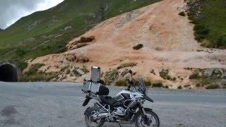 GRUZJA & ARMENIA okiem motocykla (Sztywny Pal Azji / B. Łyszkiewicz)