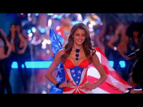 Taylor Hill on the Victoria's Secret Fashion Show Runway 2015